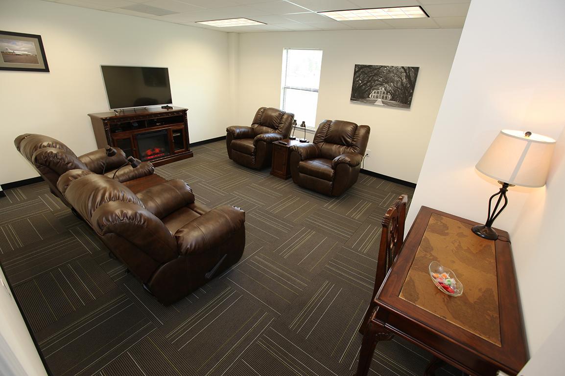 FBO Pilot's Lounge